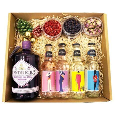 Karácsonyi Delux Hendricks Midsummer Gin Tonik Szett Ginfűszerrel